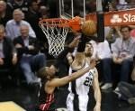Tiago Splitter #22 of the San Antonio Spurs