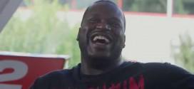 Vidéo: Shaq rappe pour convaincre Pharrell de l'inclure dans la bande son de NBA 2K15