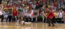 WNBA: Ivory Latta met son adversaire à terre sur un stepback