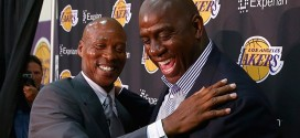 Magic Johnson séduit par les Lakers