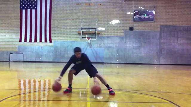L'impressionnante démonstration de dribbles à deux ballons de Devin Mehra