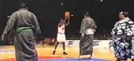 Vintage: Michael Jordan, Jason Kidd et Charles Barkley affrontent des sumos