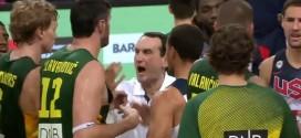 Coach K obligé de faire la police à la fin du match
