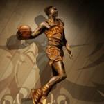 Dominique Wilkins statue