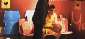 Jeremy Lin se fait passer pour une statue de cire