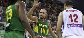 Le Brésil bat une équipe Serbe à deux visages