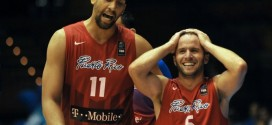 JJ Barea aux Dallas Mavericks, Gal Mekel coupé