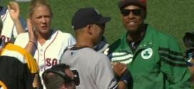Photo : Paul Pierce porte une veste des Celtics pour rendre hommage à Derek Jeter