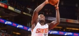 Earl Barron conservé par les Suns ?