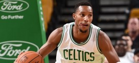 Les highlights d'Evan Turner: 15 points, 10 rebonds et 6 passes