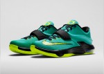 KD7-Uprising-653996_370_3QtrPair_FB_33831
