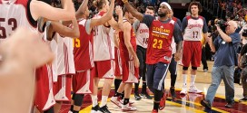 Les highlights de LeBron James et Kyrie Irving lors du scrimmage des Cavaliers
