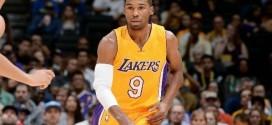 Les Lakers devraient conserver Ronnie Price