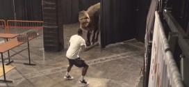 Insolite! Goran Dragic utilise un dinosaure pour effrayer ses coéquipiers et ses coachs