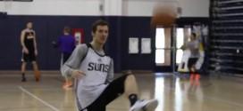 [Vidéo] Goran Dragic marque… du pied gauche !