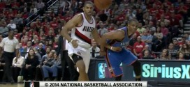 Les highlights de Nicolas Batum face au Thunder (16 pts, 6 passes, 5 rebs)