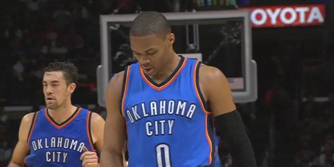 Vidéo: fracture à la main pour Russell Westbrook !