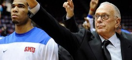 Les Sixers rendent malade Larry Brown