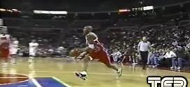 Vintage: quand Kobe Bryant, 17 ans, postérizait son adversaire