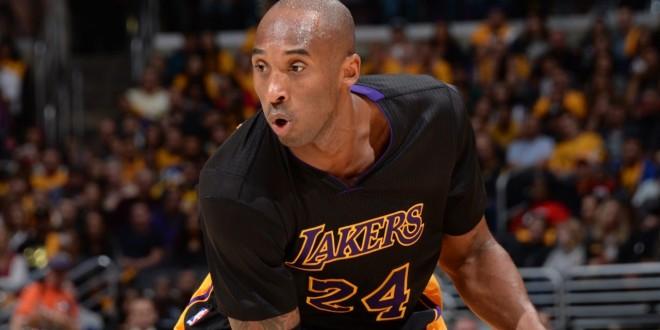 Top 10: doublé pour Kobe Bryant