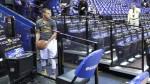 Vidéo: Stephen Curry explique son fameux rituel d'avant-match