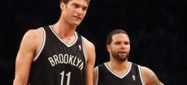 Lionel Hollins: Deron Williams et Brook Lopez doivent mieux jouer pour avoir plus de temps de jeu