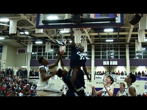 High School: Chris Clemons, 1m75, réussit une claquette dunk sur son propre tir raté