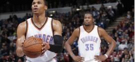 Russell Westbrook et Kevin Durant ne laissent aucune chance aux Kings en fin de match