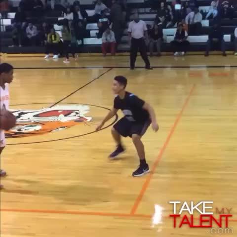 Laquan Butler, 13 ans, ridiculise son adversaire avec un crossover