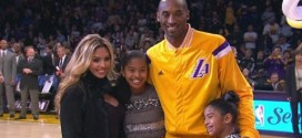 Les Lakers rendent hommage à Kobe Bryant