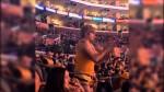 LOL : un fan déjanté de Kurt Rambis danse au Staples Center