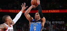 Les highlights de l'énorme duel Russell Westbrook (40pts, 13 rbds, 11 asts) – Damian Lillard (29 pts)