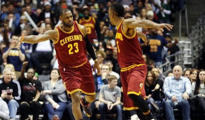 LeBron James et Jr Smith