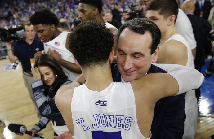Tyus Jones et coach K