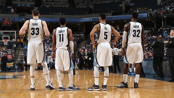 Memphis retrouve la victoire face aux Kings