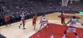 Les deux gros dunks de Clint Capela contre les Raptors !