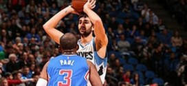 Les highlights du duel Chris Paul (26 pts, 14 asts) – Ricky Rubio (18 pts, 12 rbds, 11 asts)