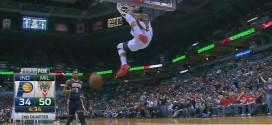 Michael Carter-Williams intercepte et monte au dunk avec autorité !
