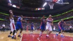 Nene feinte une passe, enrhume complètement Drummond et monte au dunk !