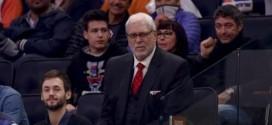 Phil Jackson aimerait que Derek Fisher s'énerve plus contre les arbitres