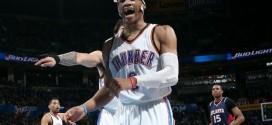 Larry Bird: J'espère que Russell Westbrook gagnera 10 titres de MVP à la suite