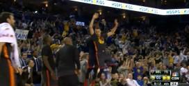 En feu, Stephen Curry ne regarde même pas son tir à trois points rentrer