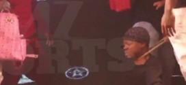 Steve Francis malmené lors d'un concert