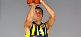 Top 10 Euroleague: gros contre et gros poster pour Justin Carter; Bogdanovic très longue distance