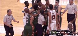 Vidéo : 4 techniques sifflées lors d'une altercation entre Bulls et Bucks
