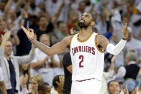 Kyrie Irving réussit ses débuts en playoffs pour mener les Cavs à la victoire