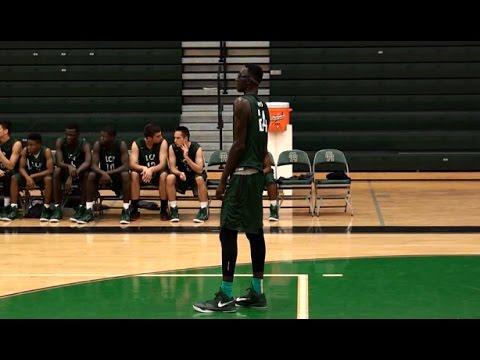 High School: La mixtape de la saison de Tacko Fall (2m26)