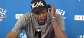 Kevin Durant et Russell Westbrook ne regarderont pas les playoffs