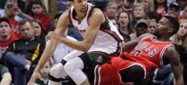 Chicago battu à Milwaukee et rattrapé par Toronto
