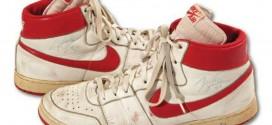DesAir Ships portées par Michael Jordan vendues plus de 71 000$
